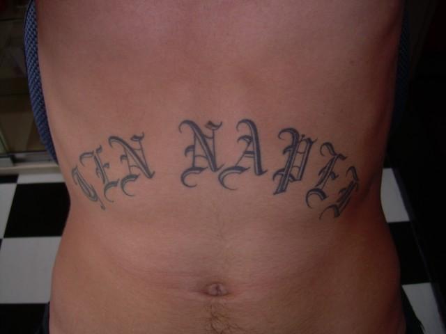 Tattoo Op Men Buik Albumelement