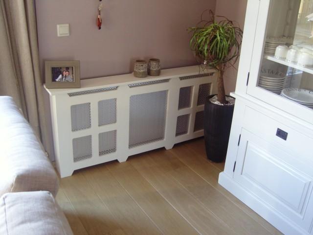 radiator bekleding/eiken vloer woonkamer · albumelement