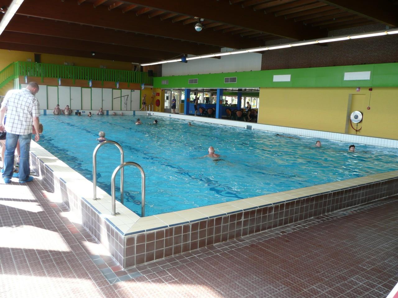 Zwembad arcen klein vink albumelement for Klein zwembad